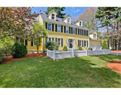 See the before photos of a classic New England Colonial with good bones that was built in the 1980s. These photos capture the home just before new owners and a massive renovation.