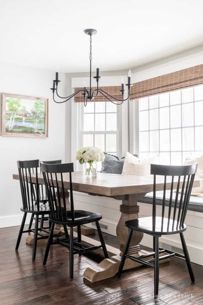 This breakfast nook refresh features updates to add family-friendly practicality.
