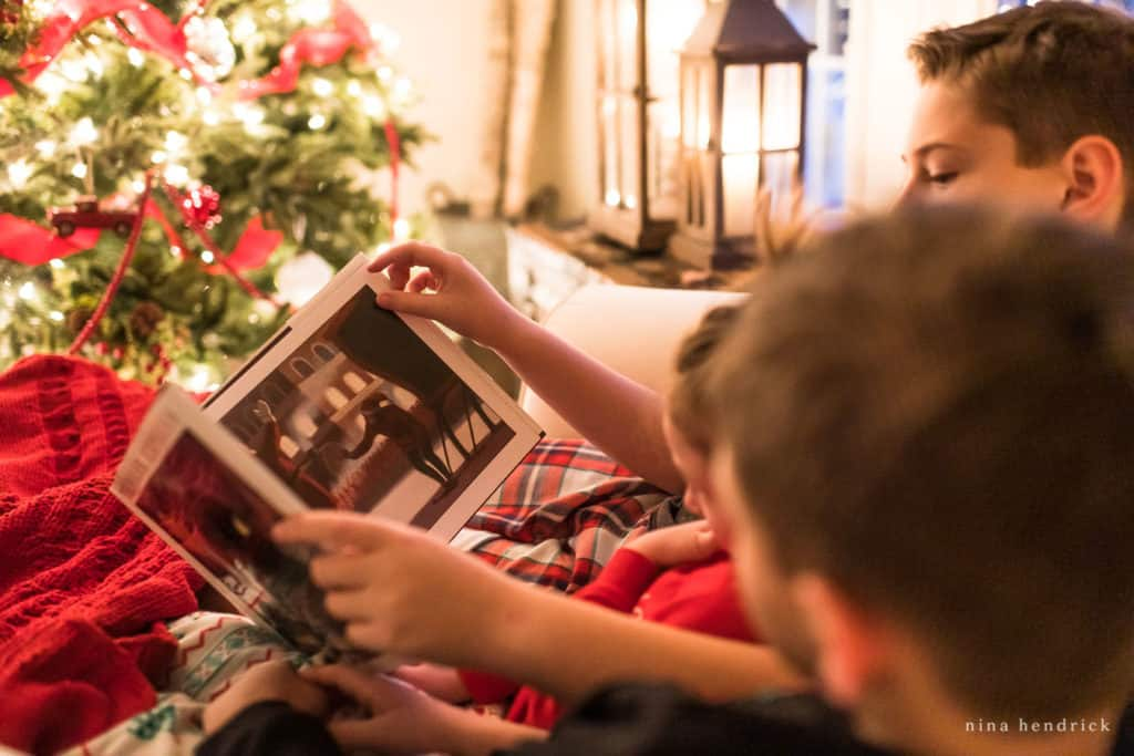 Reading Christmas stories together © Nina Hendrick
