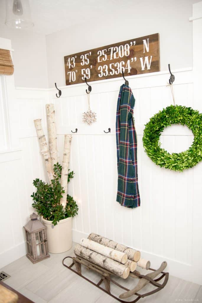 christmasmudroom10_wtm