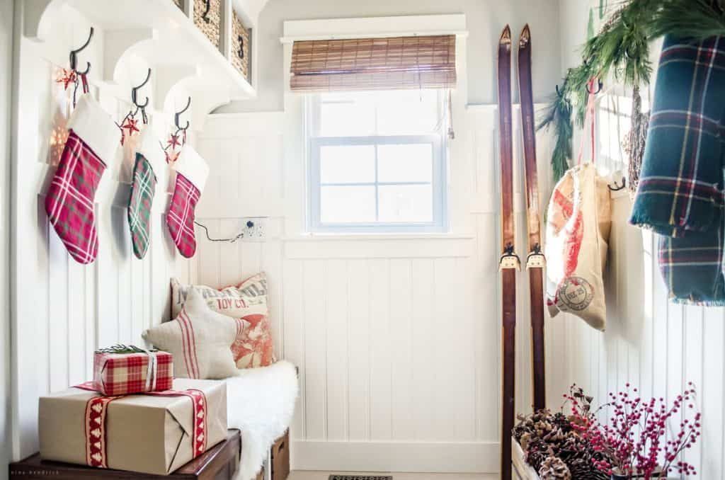 Holiday Housewalk 2015   Classic & rustic Christmas Mudroom decor: Gather inspiration from the Holiday Housewalk 2015 with a modern farmhouse decorated for Christmas using rustic and classic decor.