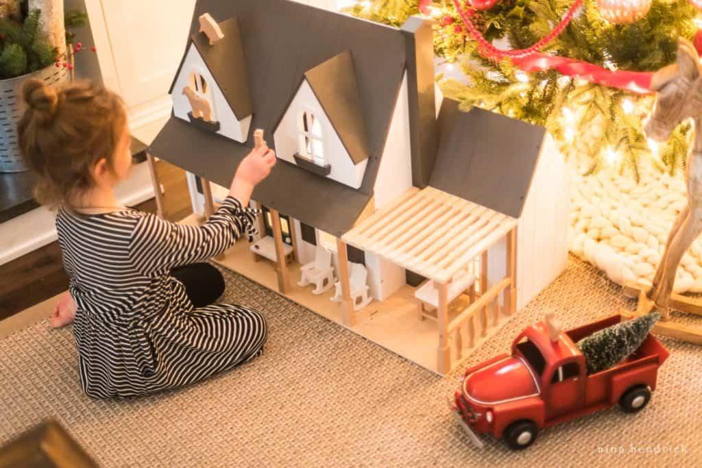 Childhood Christmas Decorating Ideas