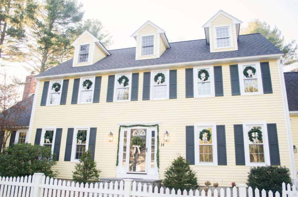 Gather Holiday Inspiration From This Warm Cozy Rustic Farmhouse Christmas Home Tour There Are