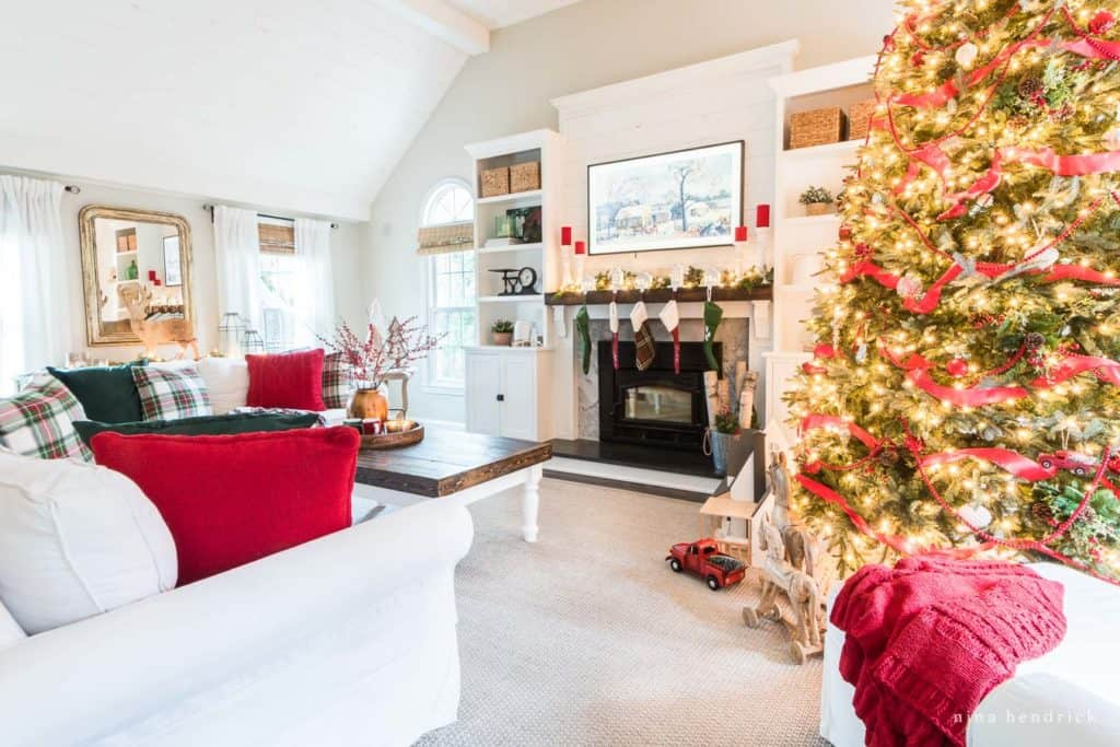 Family Room Decorated with Classic Christmas Colors
