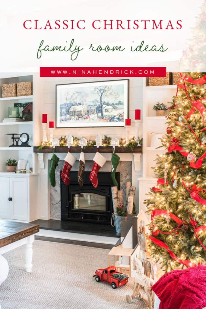 Classic Christmas Family Room Ideas