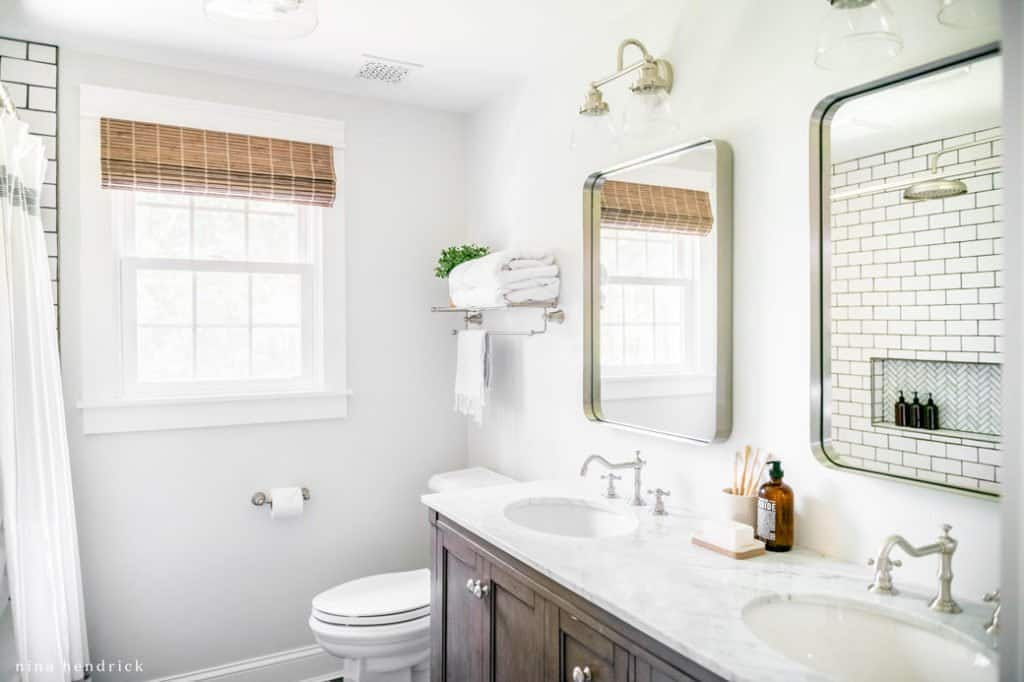 Astounding Classic Meets Modern Small Bathroom Makeover Nina Hendrick Download Free Architecture Designs Embacsunscenecom