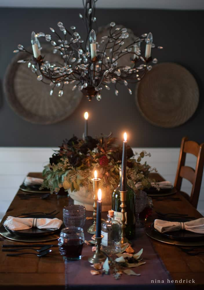 Spooky and Elegant Halloween tablescape