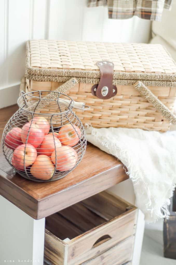 Gather autumn inspiration from this natural and simple fall home tour from the Fall into Home series loaded with farmhouse and rustic charm.