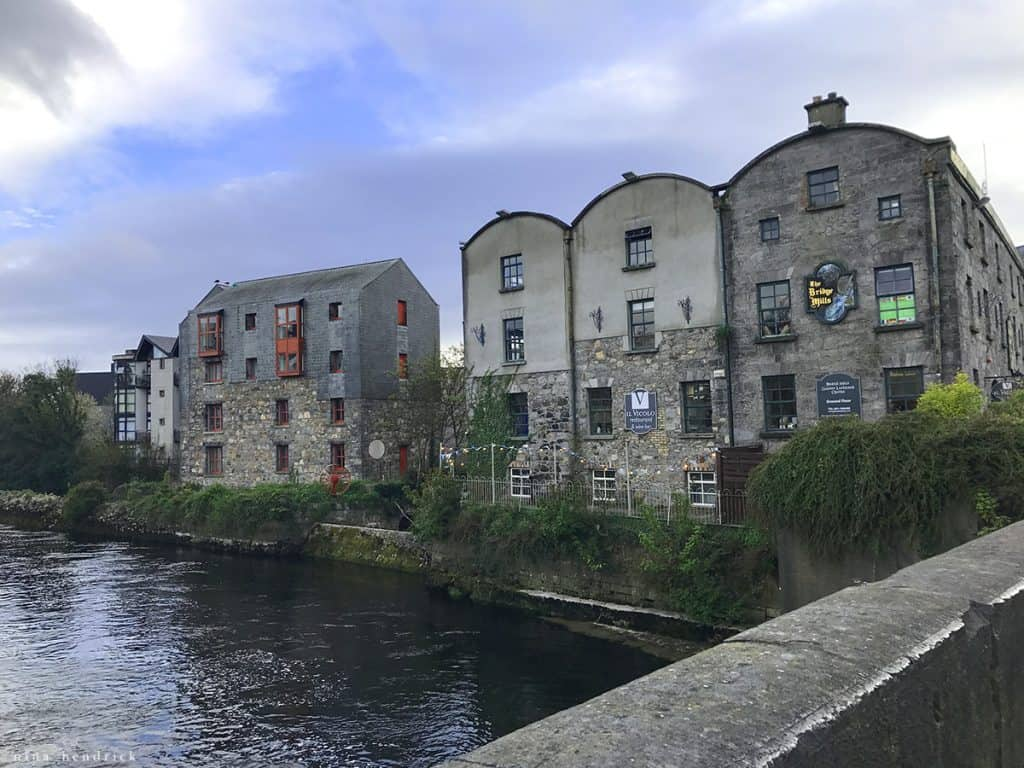 Ireland Part One: Exploring Galway, The Cliffs of Moher, & Dunguaire Castle | Things to do in and around Galway. Part one of a recap of our trip to Ireland. I share our explorations of Galway, the Cliffs of Moher, and Dunguaire Castle.