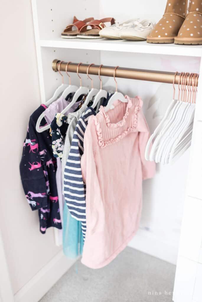 girl's organized closet inspiration and ideas