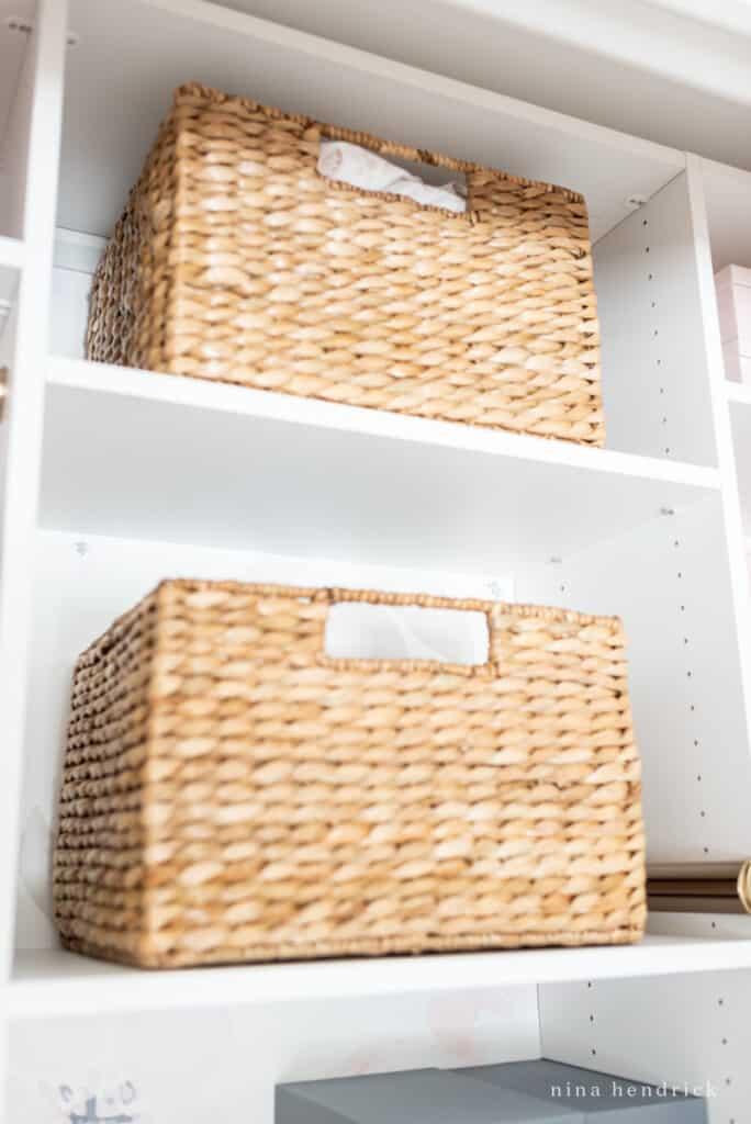 girl's organized closet baket storage