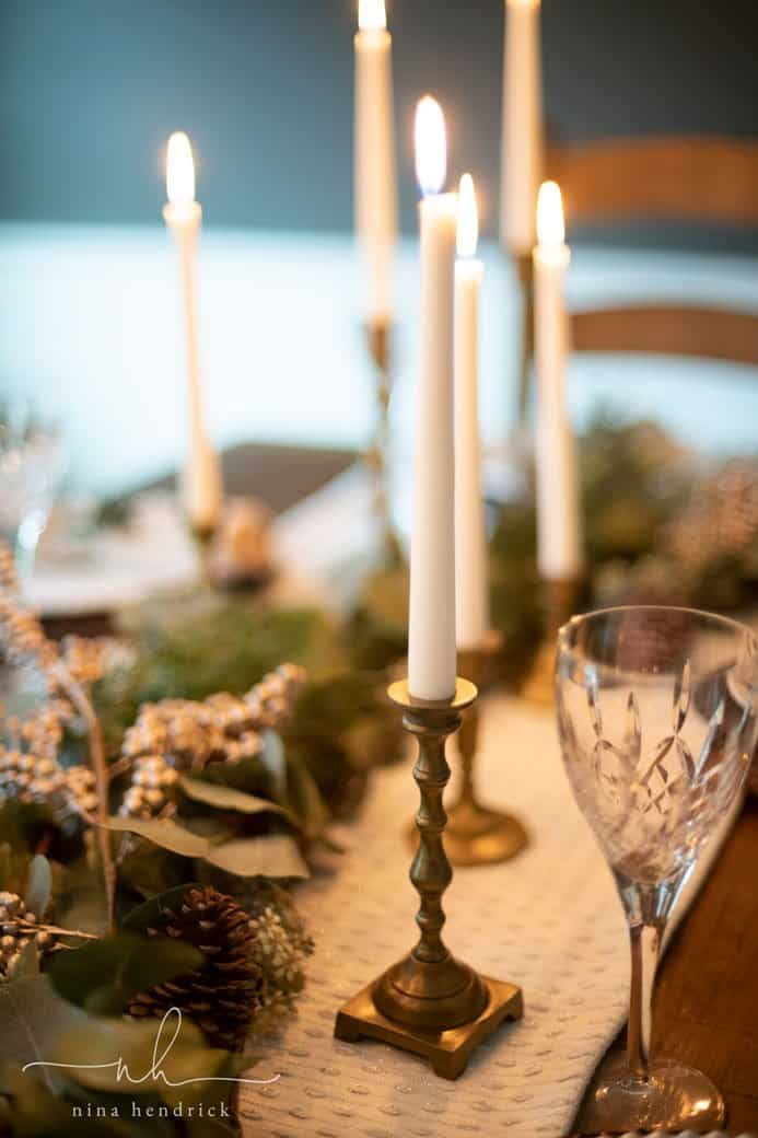 Green and Gold Christmas Tablescape | Host an elegant holiday meal by decorating with a green and gold Christmas tablescape.