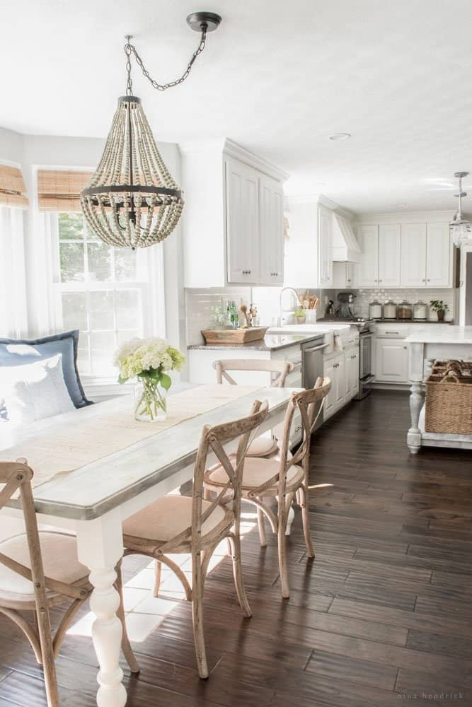 Cottage Style White Kitchen and Breakfast Nook