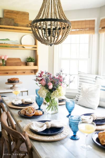 Mother's Day Brunch Ideas Tablescape