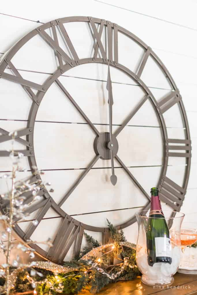 New Year's Eve vignette with giant clock