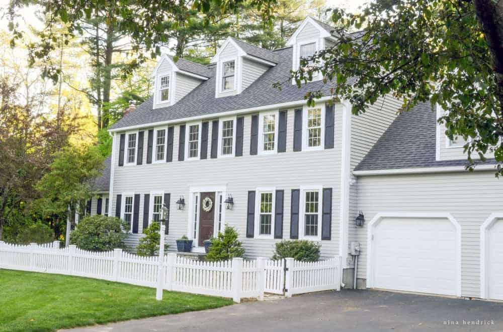 Benjamin moore gray huskie painted exterior for Modern colonial home exterior