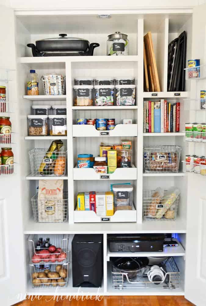 10 Tips for an Organized Pantry from @nina_hendrick | Tip 2: Make it pretty
