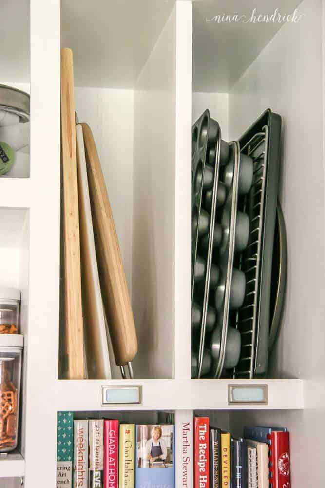 10 Tips for an Organized Pantry from @nina_hendrick | Tip 8: Designated a divided space for cookie sheets and cutting boards
