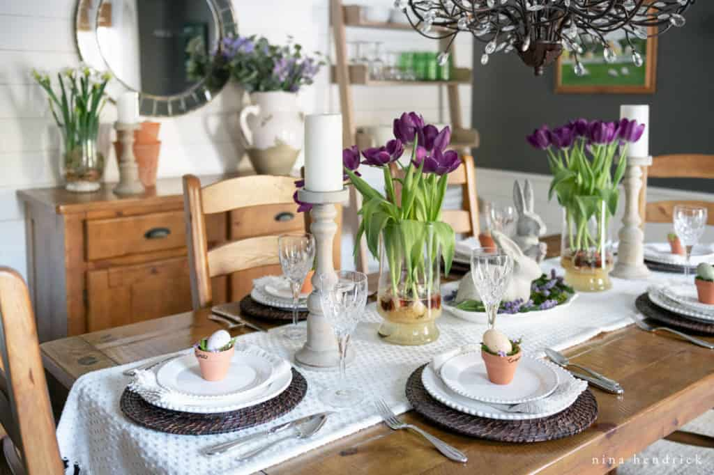 How to create a purple spring tablescape