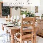 Rustic Thanksgiving Dining Room | Gather Thanksgiving inspiration from this harvest themed rustic tablescape.