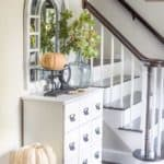 Simple Fall Entryway | Seasonal Simplicity Tours | Add simple seasonal autumn decor touches to your entryway to welcome visitors to your home!