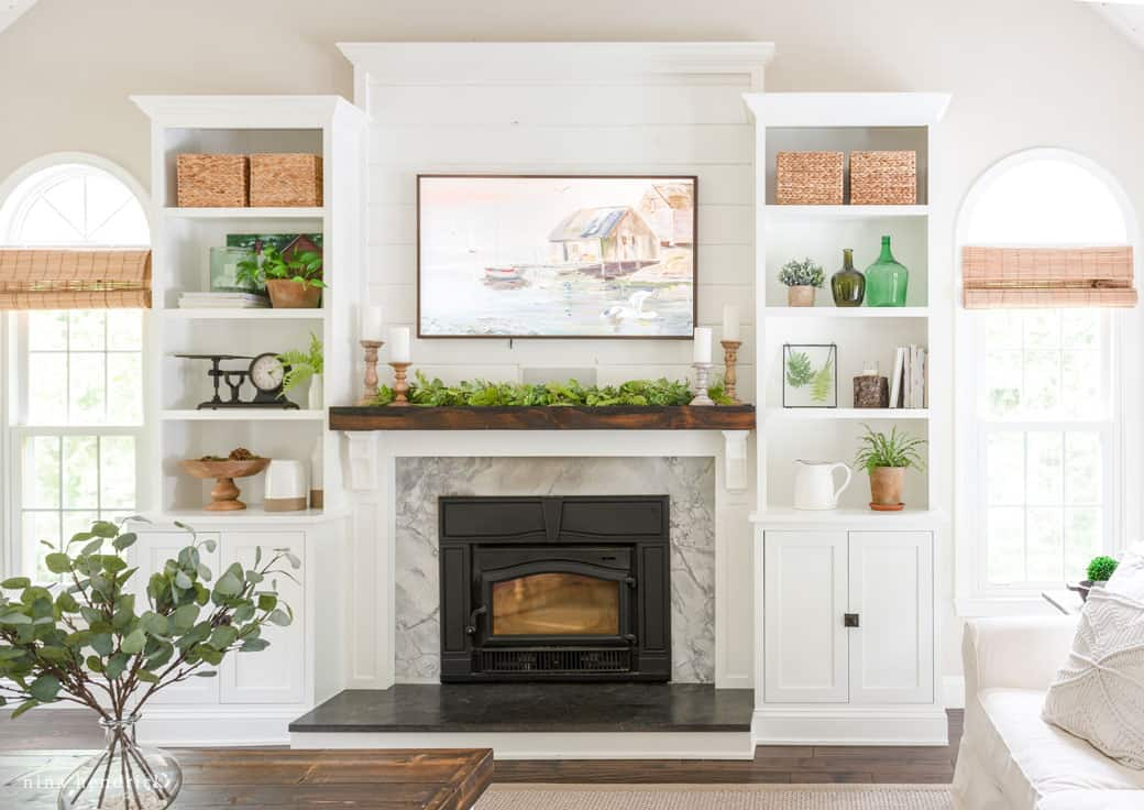To Decorate With A Tv Above Your Mantel, How To Decorate Mantel Above Fireplace