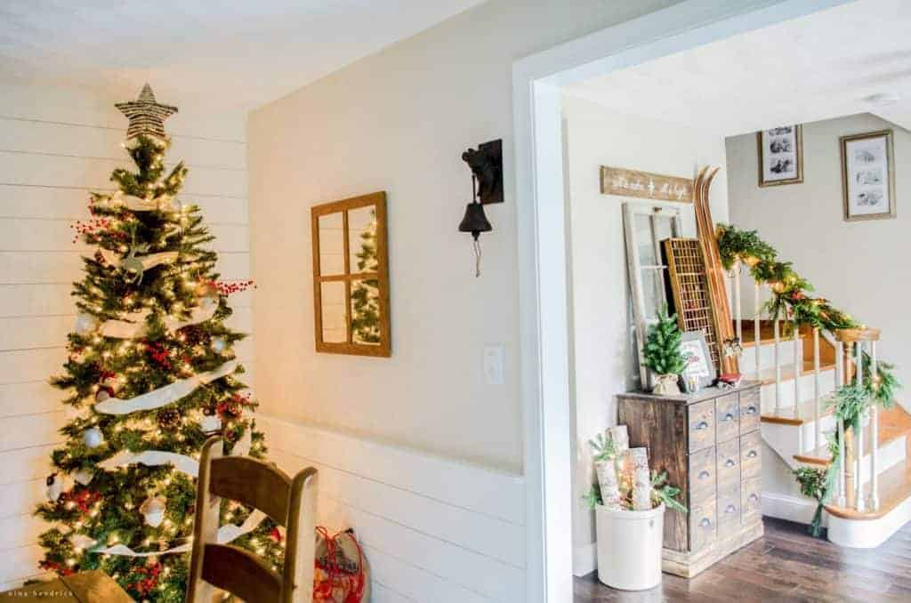 Holiday Inspiration From This Warm Cozy Rustic Farmhouse Christmas
