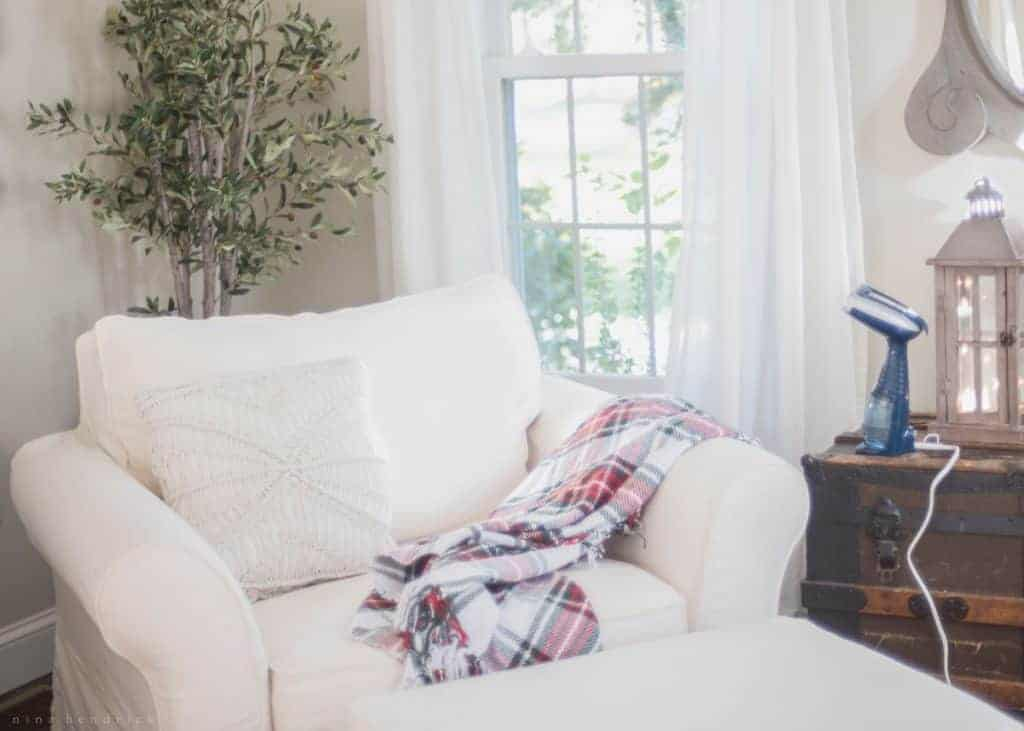 Maintaining White Slipcovers | How I keep our white slipcovers looking neat and clean with a combination of laundering and steaming with TheConair® Turbo ExtremeSteam® Handheld Fabric Steamer.