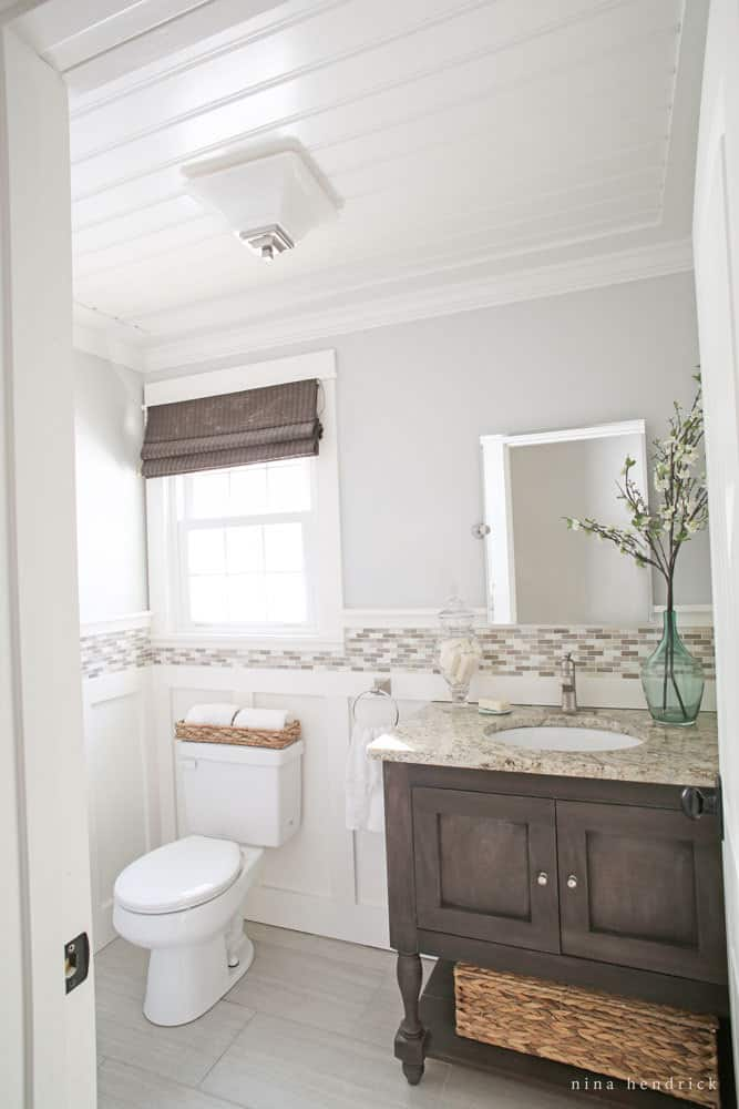 Cottage Powder Room Inspiration | This cottage powder room is about to get a little refresh with a few small bathroom decorating ideas.