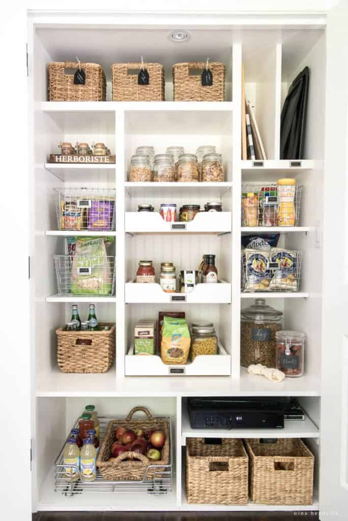 10 Tips for Pantry Organization | Create pantry organization with these 10 tips on making the most of your food storage space from @nina_hendrick!